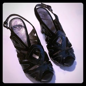 Sofft black patent and suede leather sandals SZ 8